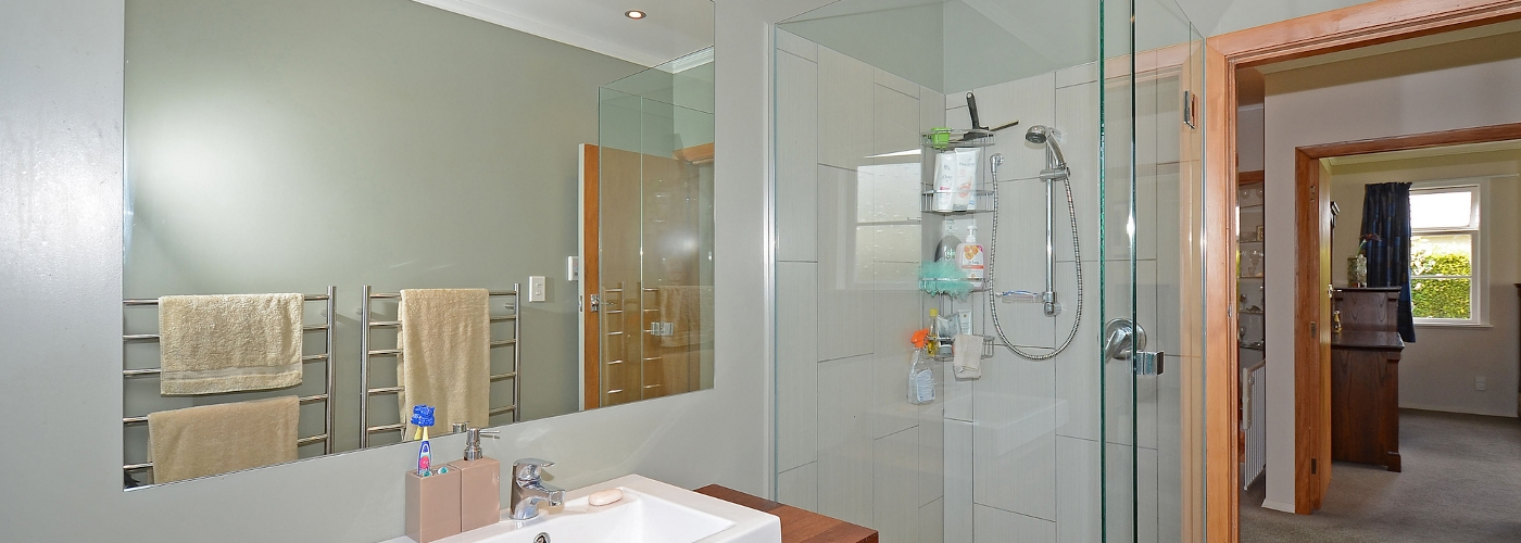 Bathroom by Hutt and City Glass