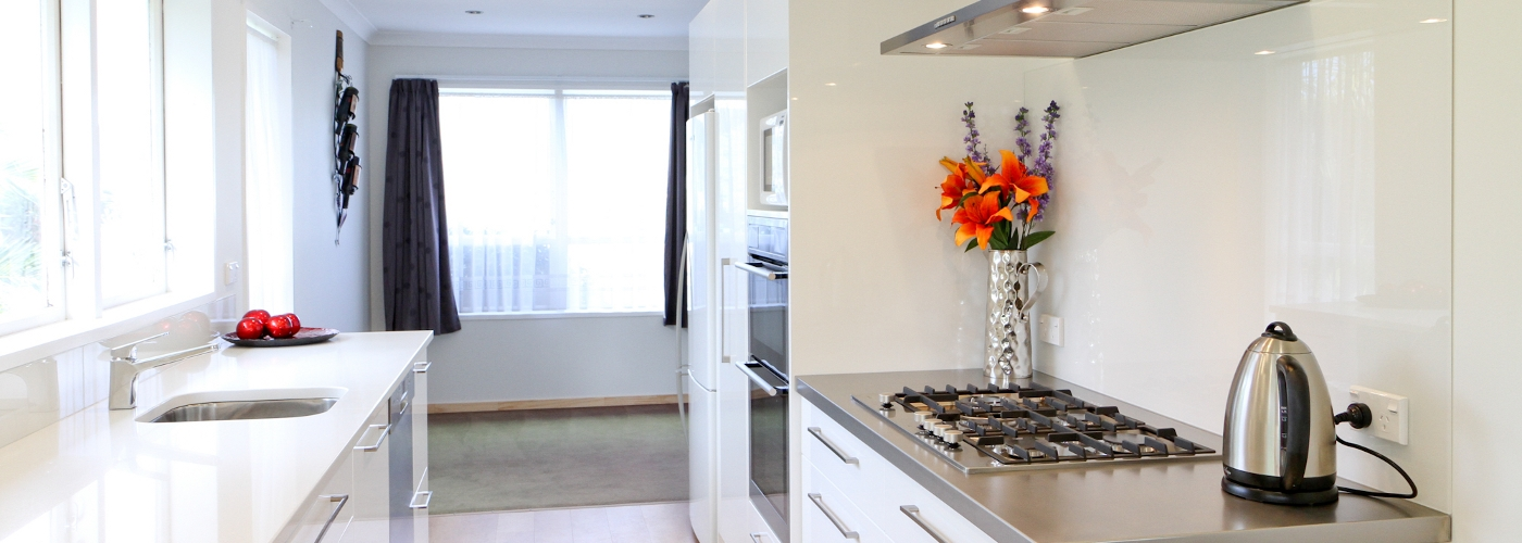 Kitchen fit out by Hutt and City Glass